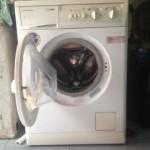 Sửa máy giặt Electrolux bị tràn nước và trào bọt ra ngoài. Liên hệ: 0986.347.119